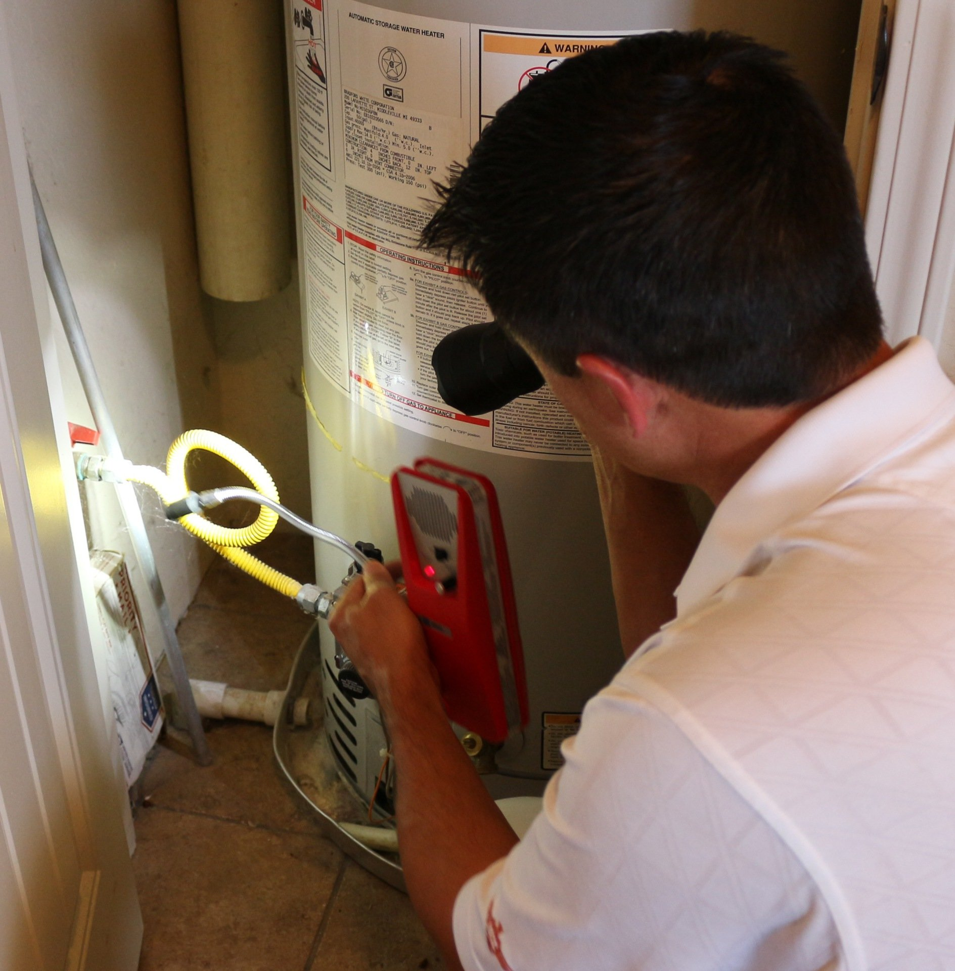 Water Heater / Checking for CO (carbon monoxide) leak with Gas Detector / Keeping your family safe